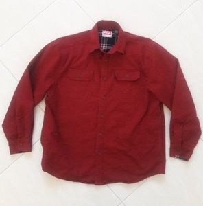 Wrangler Men Lined Red shirt Size Large